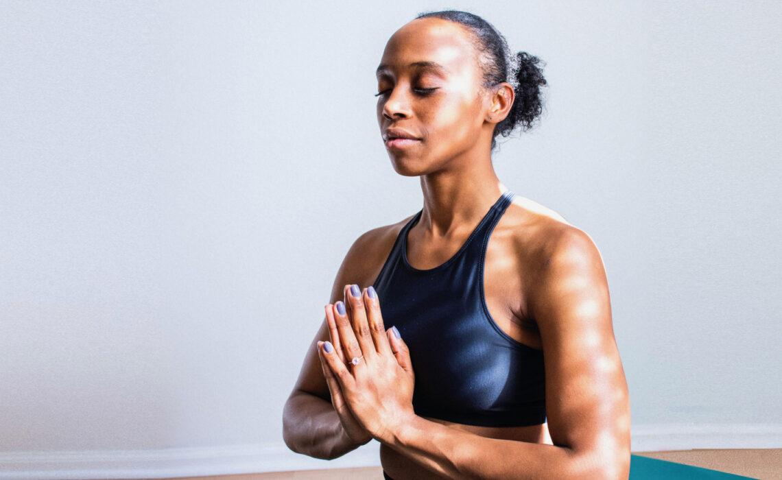 Ejercicios de yoga en 20 minutos para comenzar tu día
